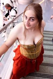 Cosplay of Wynssa Starflare from Star Wars Legends.